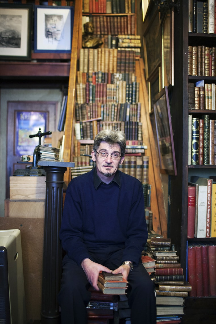 Portrait of a librarian in Perigeux, France